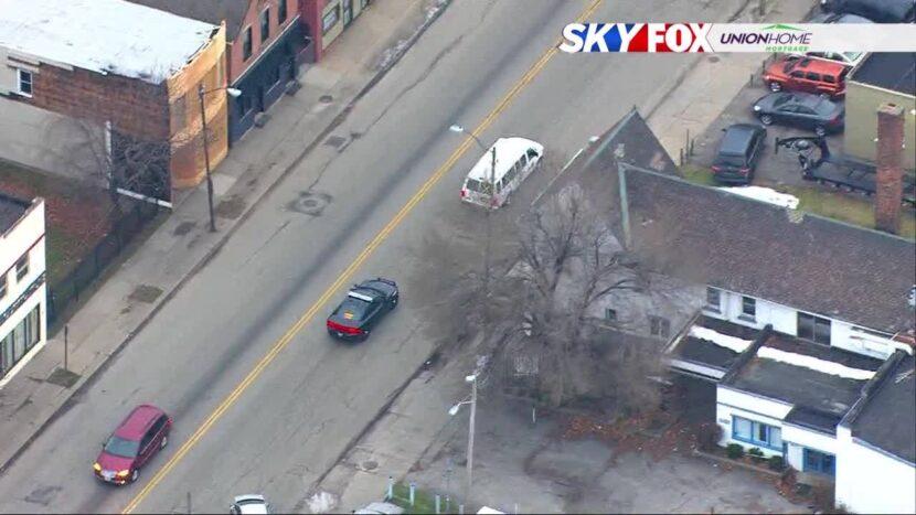 ¿Por qué la policía escolta a los transportes de vacuna COVID-19 alrededor de Cleveland?