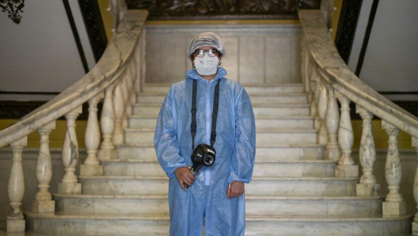 ¿Desparasitar a toda la población? La estrategia de la ciudad ecuatoriana de Guayaquil para prevenir el covid-19
