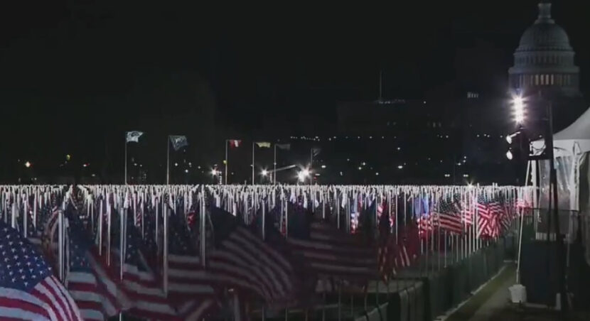 'Field of flags' ilumina Washington DC antes de la inauguración