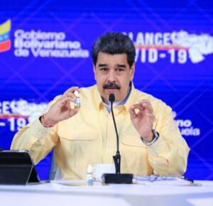 """ATENCION:Nicolás Maduro presentó unas """"gotas milagrosas"""" que supuestamente """"neutralizan al 100 % el coronavirus"""""""