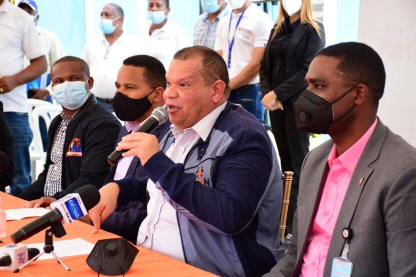 Alcalde y organizaciones de Santo Domingo Norte piden al presidente Abinader extender línea uno del Metro