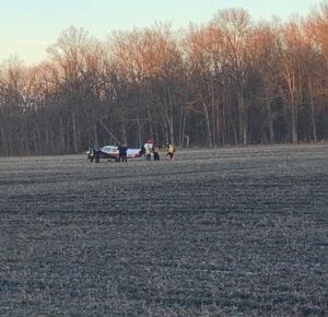 Avión cae en el campo de maíz de Avon después de que se apaga el motor