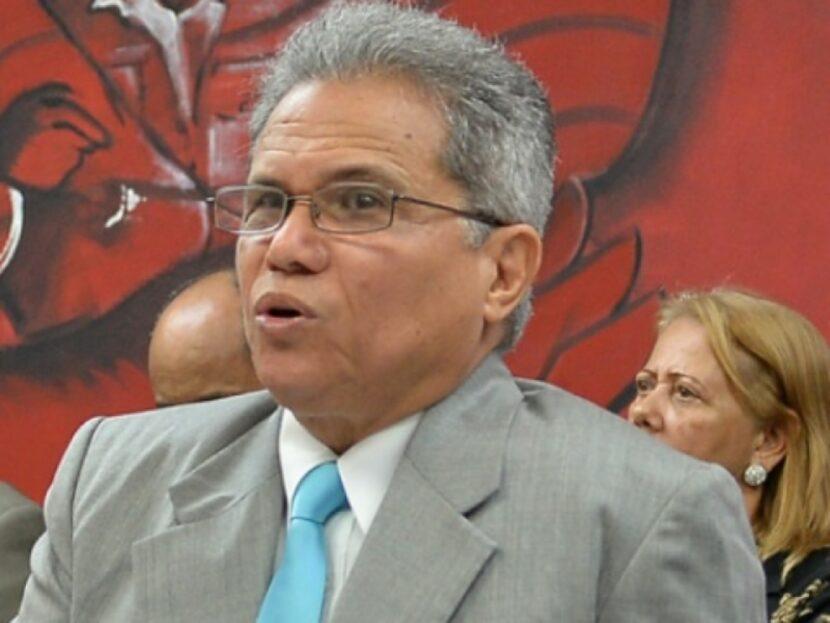 CMD denuncia alta mortalidad de médicos por Covid; llama al Gobierno agilizar vacunas