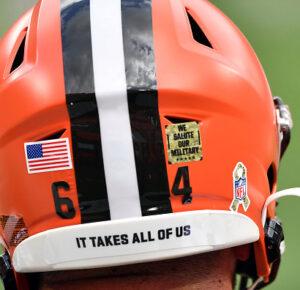 Cleveland Browns ayudará a elegir trabajadores de la salud que asistan al Super Bowl gratis