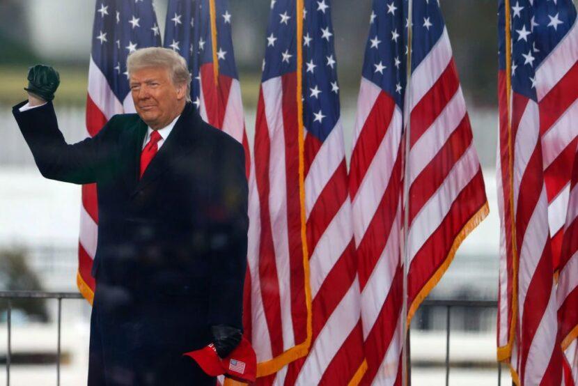 Los demócratas de la Cámara de Representantes presentarán artículos de juicio político contra Trump el lunes