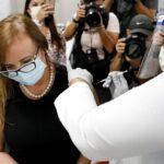 Descontento entre residentes de Miami por los turistas que han recibido la vacuna contra el COVID-19
