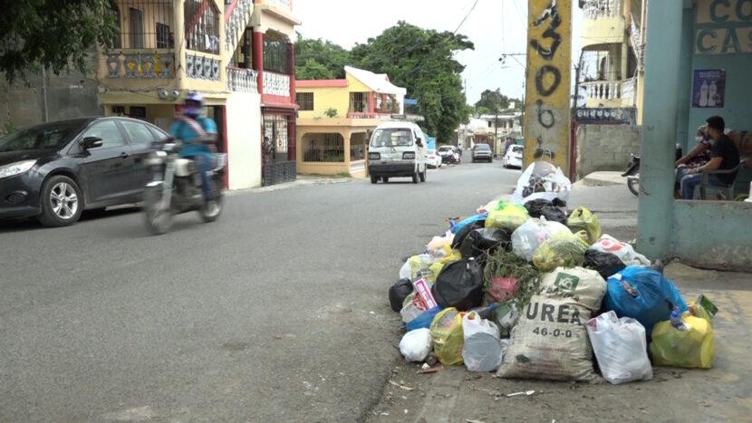 Desesperación en barrios de Manoguayabo por basura, dicen que desde