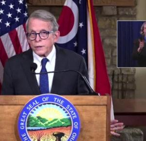 El gobernador de Ohio, Mike DeWine, actualiza el lanzamiento de la vacuna contra el coronavirus