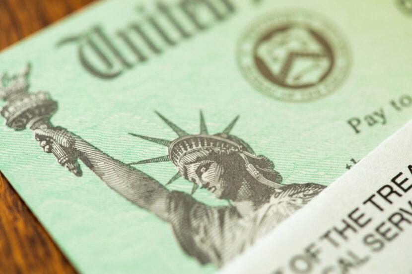 El plan de estímulo de Biden podría dar a los padres $ 300 por mes por niño
