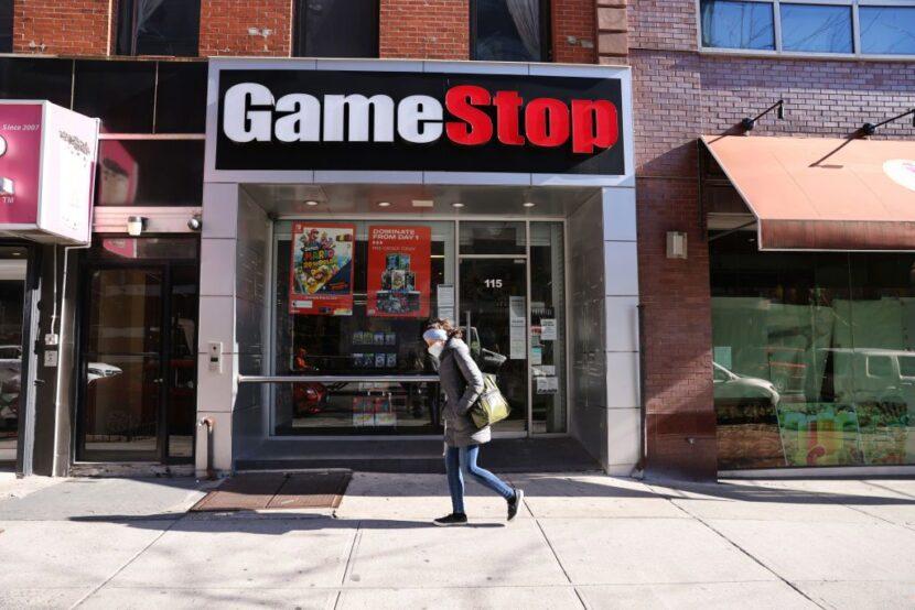 Estudiante de quinto grado cobra en acciones de GameStop que su madre le dio hace 2 años