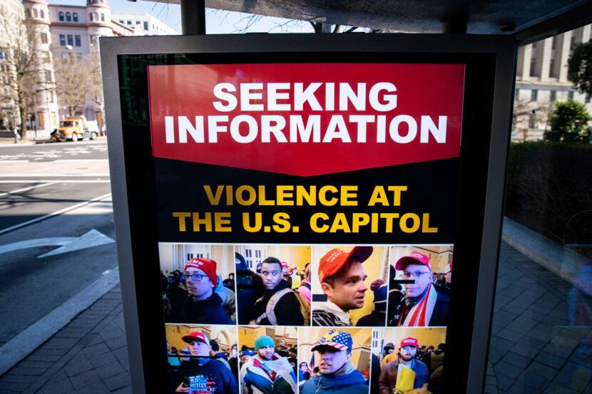 Funcionarios del FBI y el DOJ proporcionarán información actualizada sobre los cargos relacionados con los disturbios en el Capitolio