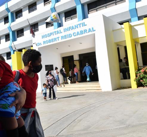 Habilitarán más camas en el hospital Robert Reid Cabral