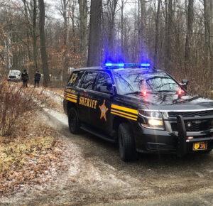Hallan cuerpo de mujer en zona boscosa del condado de Ashland
