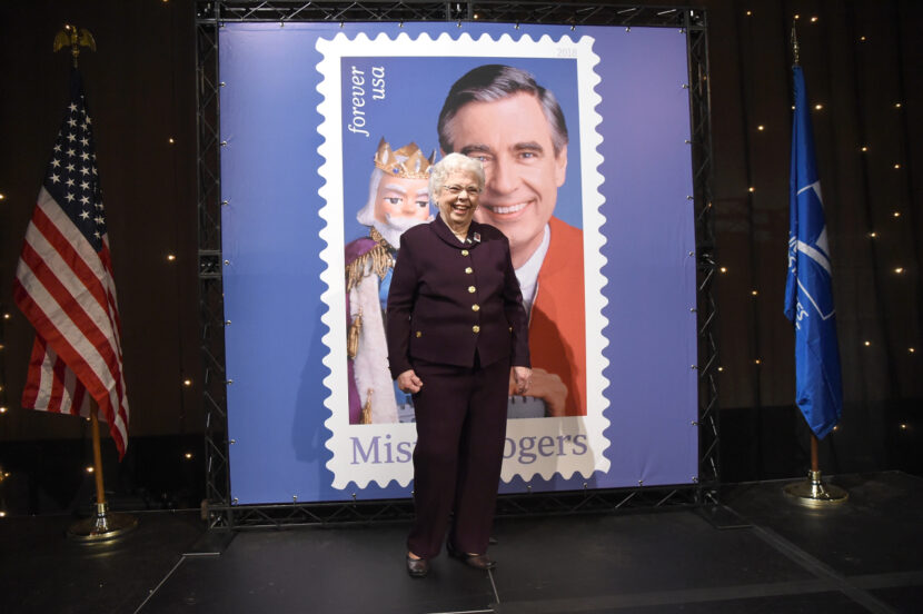 Joanne Rogers, viuda del presentador de televisión Fred Rogers, fallece a los 92 años