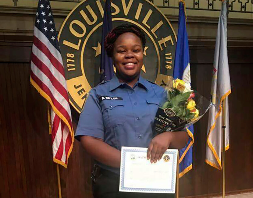 La policía de Louisville despide a 2 detectives involucrados en la redada de Breonna Taylor