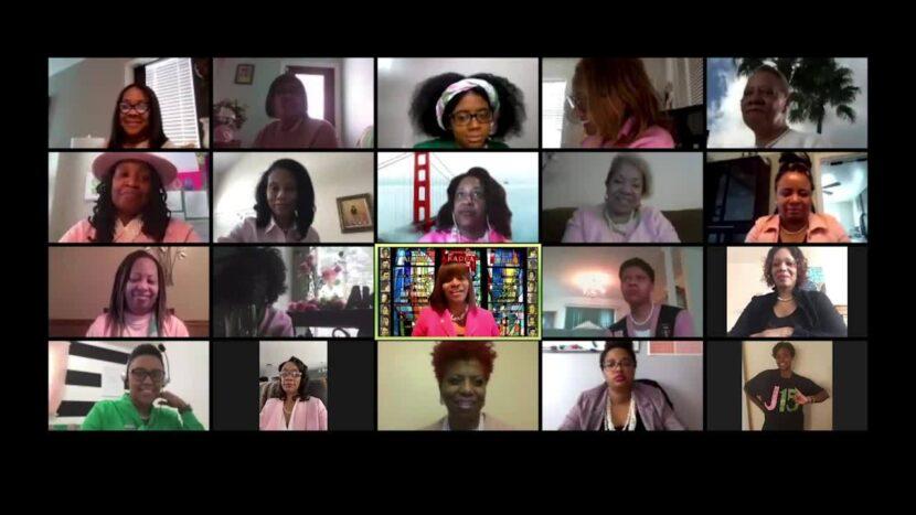 Los miembros locales de la hermandad de mujeres negras ven a Kamala Harris hacer historia