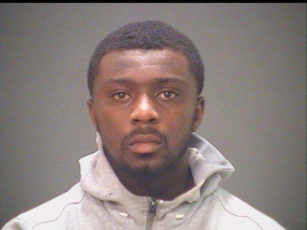Orden de arresto emitida para el nieto del alcalde de Cleveland por cargos de violencia doméstica