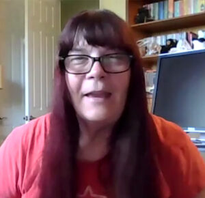 Madre de California describe reacción alérgica a la vacuna Moderna