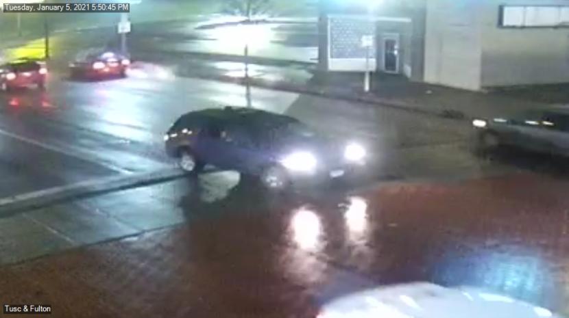 Policía de Cantón busca al conductor que golpeó y mató a una mujer de 84 años que cruzaba la calle
