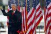 Trump prohibido en las redes sociales