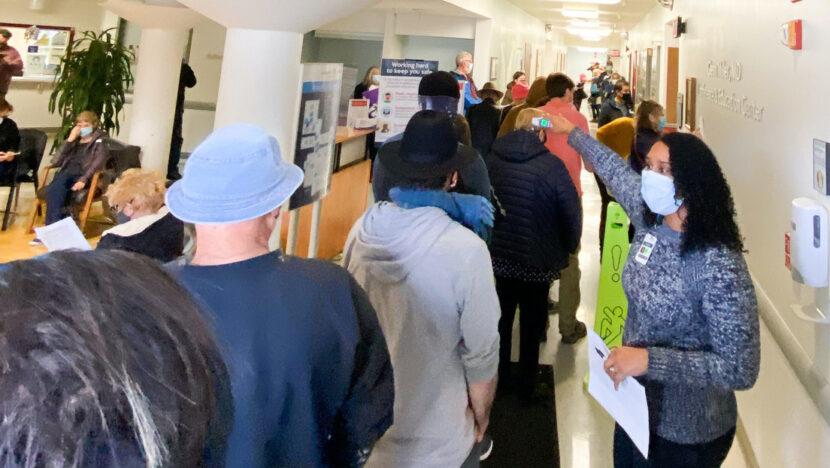 Un hospital de California administra más de 800 vacunas contra el covid-19 en dos horas tras romperse un congelador