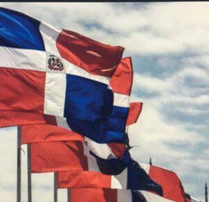 Acto de homenaje a la Bandera Nacional encabezado por el presidente Abinader