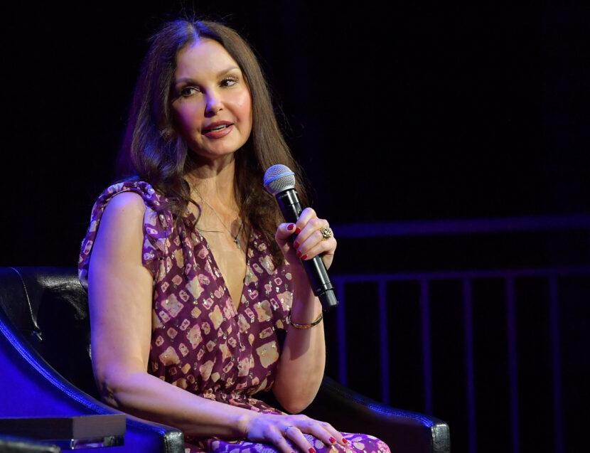 Ashley Judd describe casi perder una pierna en el Congo, comparte fotos de una terrible experiencia de 55 horas