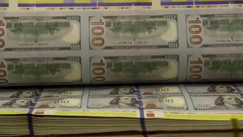 Hombre acusado de fraude después de usar $ 7.2 millones de los fondos de ayuda de COVID para comprar mansión y autos de lujo