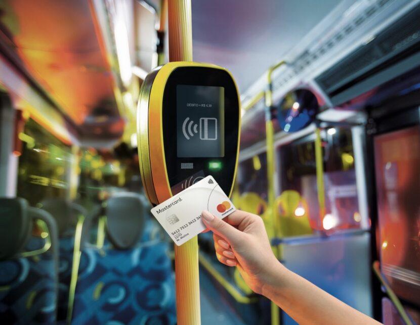 Mastercard amplía la aceptación de pagos con tarjeta sin contacto en los transportes de Santo Domingo llegando al Corredor Núñez de Cáceres