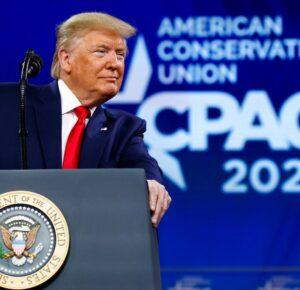 Trump listo para volver al centro de atención con discurso de CPAC
