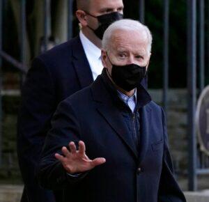 Biden marcará el 'Domingo sangriento' firmando una orden de derechos de voto