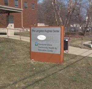 Cleveland Clinic abre un sitio de vacunas en el vecindario de Fairfax