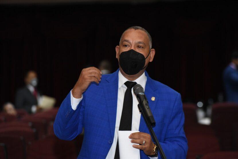 Diputado Alexis Jiménez destaca voluntad del presidente de eliminar peaje sombra y reformar Ley de Hidrocarburos. »