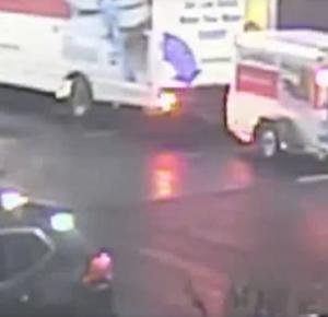 Familia militar busca las cenizas de su hijo después de que le robaron un camión de mudanza del hotel