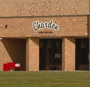 Las escuelas locales de Chardon cancelan la clase después de que varios maestros tienen efectos secundarios de la vacuna COVID-19