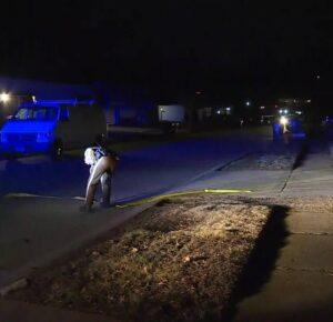 Madre y 2 niños asesinados a tiros dentro de una casa en el área de St. Louis