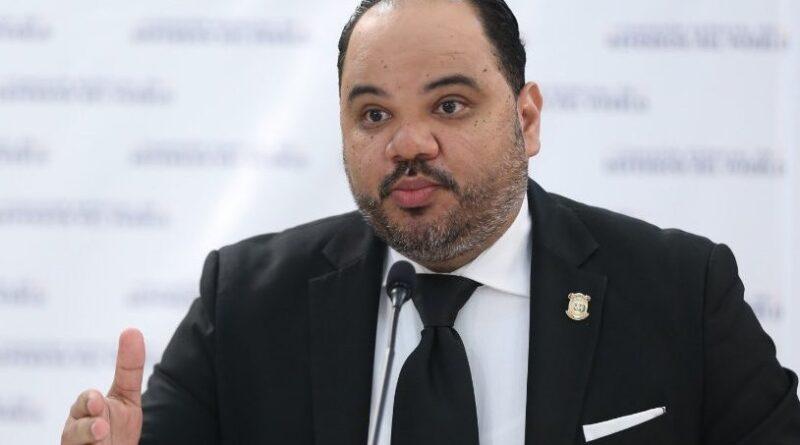 """Pablo Ulloa asegura tener """"altas"""" expectativas de ser elegido Defensor del Pueblo"""