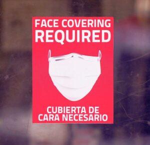 Texas se convierte en el estado más grande para poner fin al mandato de máscara de coronavirus