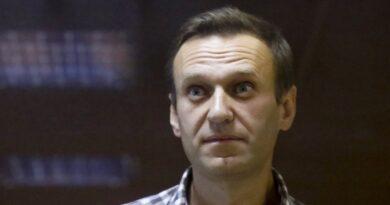 Crítico del Kremlin Navalny los médicos advierten sobre un paro cardíaco