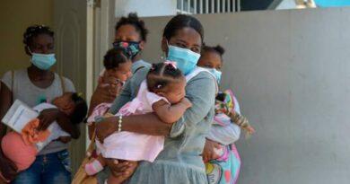 Difteria: Mi nia, como tena mucho que no estaba conmigo, lo que vino fue a despedirse de m