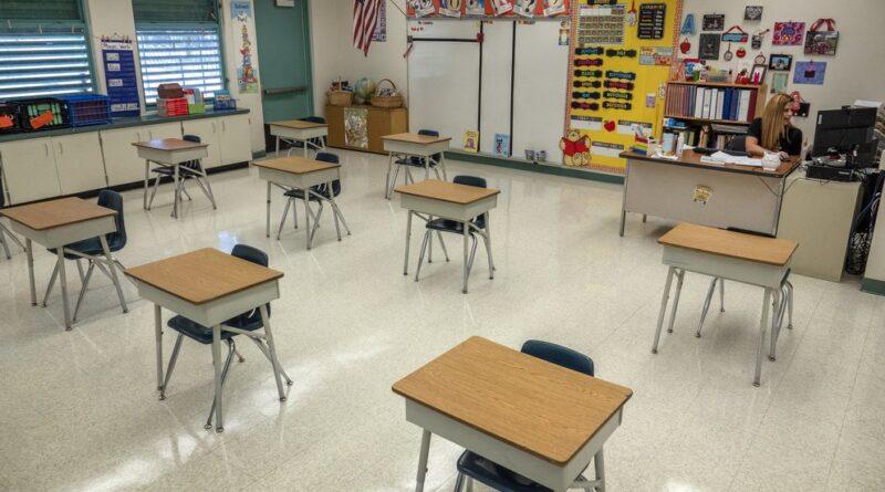 Francia apuesta a la vuelta a clases de 6,6 millones de alumnos