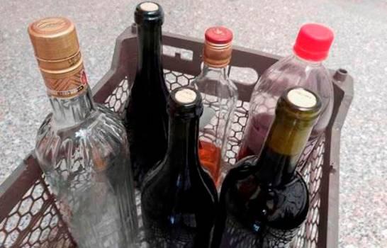 Autoridades reportan 26 intoxicaciones ms por alcohol adulterado