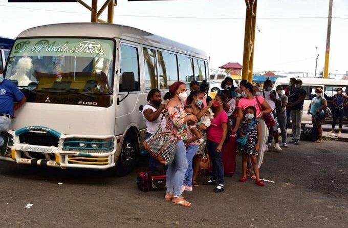 Conatra: choferes y pasajeros solo se aceptan vacunados contra virus