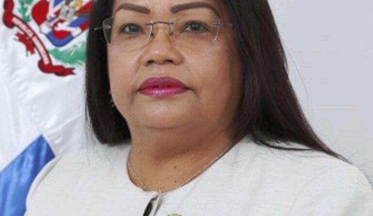 Diputada del exterior sugiere al presidente Abinader usar parte de los recursos incautados a los condenados de corrupción para desvinculaciones