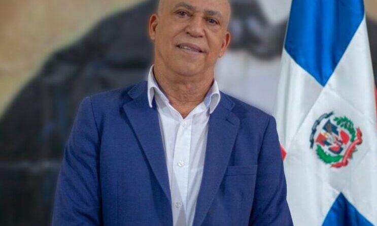 Fiscal DN pide abogado Portorreal entregarse y responder por 283 querellas de familia Rosario