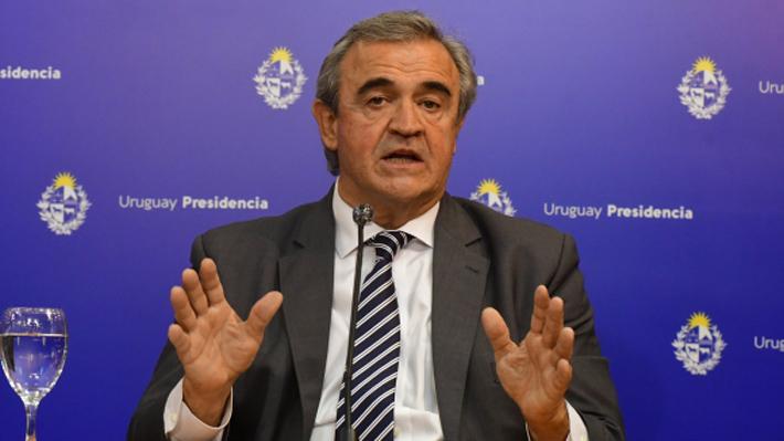Ministro del Interior de Uruguay, Jorge Larraaga, falleci a los 64 aos