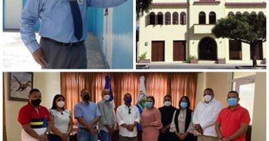 Concejo de Regidores de Barahona desvincula contralor por faltas graves en sus funciones.