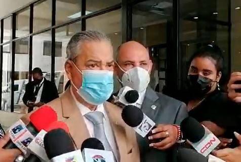 Diputado advierte hay que erradicar todos los cerdos del pas y dice el Gobierno est mintiendo