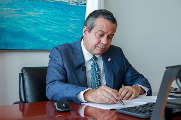 Ministro de Medio Ambiente propone crear fondo de financiamiento transición de países hacia el desarrollo sostenible