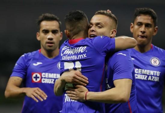 Campeón Cruz Azul vuelve al triunfo en fútbol mexicano